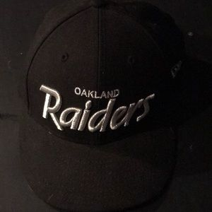 Raiders LC 59fifty Black 7.5